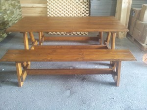 שולחן ספסל עץ
